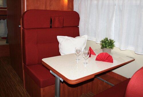 wohnmobil vermietung wohnwagen dresden wohnwagen mieten. Black Bedroom Furniture Sets. Home Design Ideas