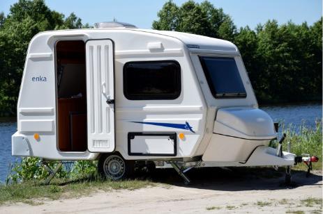 wohnwagen niewiadow in dresden kaufen wohnwagen mieten. Black Bedroom Furniture Sets. Home Design Ideas