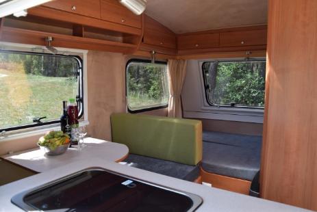 wohnwagen niewiadow wohnwagen mieten wohnmobil vermietung in dresden niewiadow h ndler und. Black Bedroom Furniture Sets. Home Design Ideas